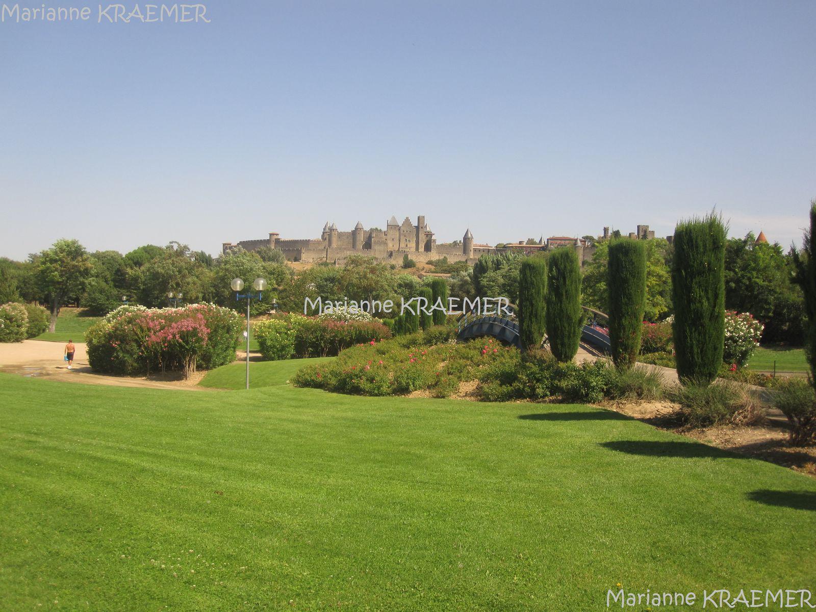 Une maison en toscane carcassonne amazing curies de for Au jardin de la tour carcassonne