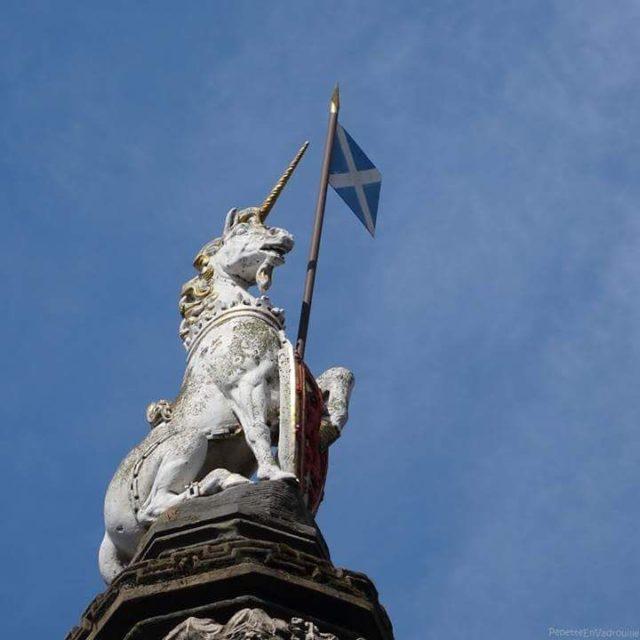 Parce que jadore les licornes! edimbourg edinburgh scotland ecosse scottishhellip