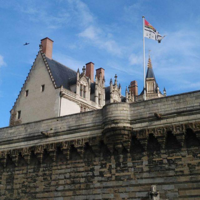Matine nantaisepour le boulot malheureusement! nantes loireatlantique chateauducdebretagne castle citytriphellip